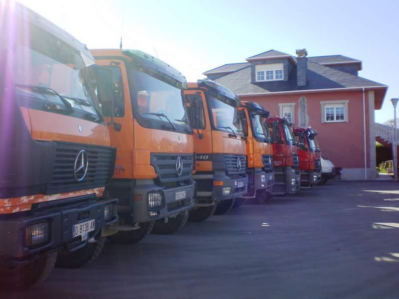 Camion Dumper 6X6 3340AK - 3341AK