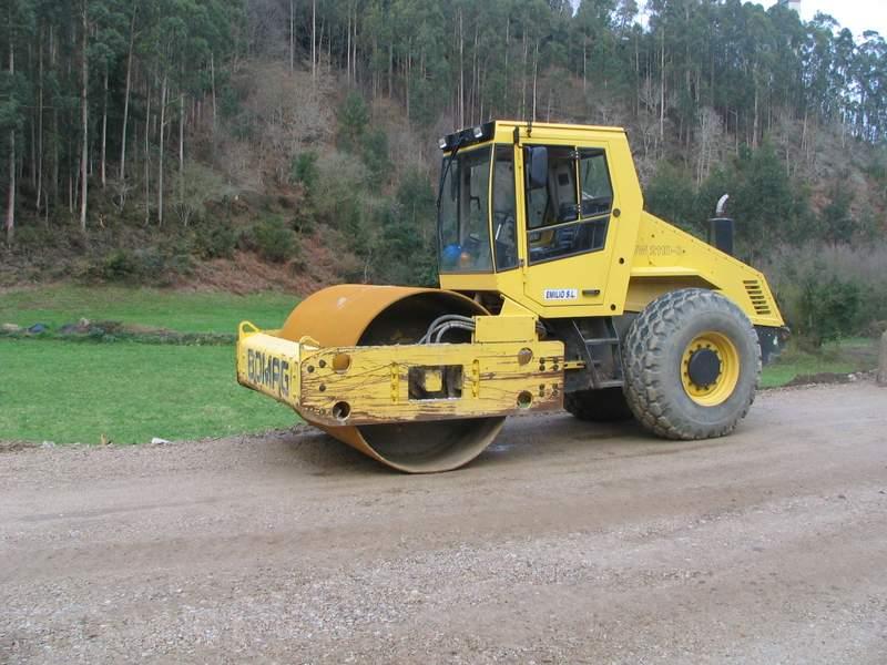 Rodillo Autopropulsado Bomag BW 211 D-3
