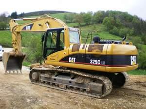 Retroexcavadora Caterpillar 325C Oruga I
