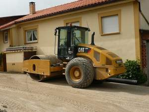 Rodillo Autopropulsado Caterpillar CS64FV
