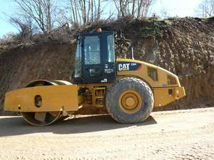 Rodillo Caterpillar CS64FV I