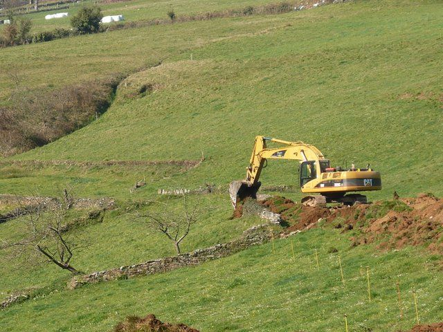 Excavaciones Emilio - Red de caminos en la zona de C.P. de Brañalonga. Tineo - EXCAVACIONES Y TRANSPORTES EMILIO S.L.
