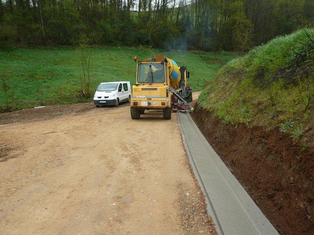 Excavaciones Emilio - Red de caminos en la zona de C.P. de San Felix. Tineo - EXCAVACIONES Y TRANSPORTES EMILIO S.L.